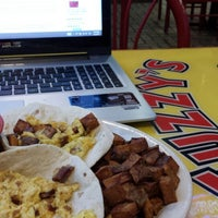 Photo taken at Fuzzy's Taco Shop by wjcollier3 on 1/8/2014