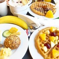 Photo taken at Breakfast Hampton by Hilton by Sweety S. on 12/19/2015