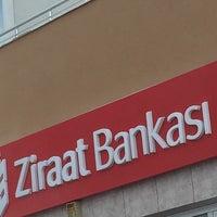 Photo taken at Ziraat Bankası by Hüseyin Ö. on 3/21/2017