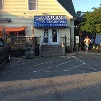 Photo taken at Fat Crabs Rib Company by Michael D. on 5/27/2016