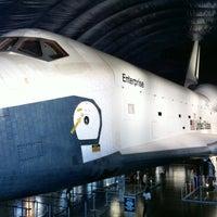 Photo prise au Space Shuttle Pavilion at the Intrepid Museum par Nestor B. le10/14/2012