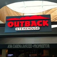 Foto tirada no(a) Outback Steakhouse por Gerson B. em 10/3/2012