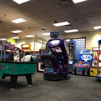 Photo taken at Chuck E. Cheese's by Mike R. on 3/29/2017