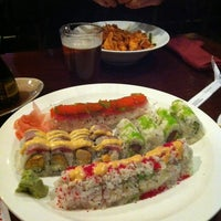 Photo prise au Tasu Asian Bistro Sushi & Bar par JoAnn A. le11/2/2012