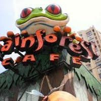Photo taken at Rainforest Cafe by Indra S. on 10/23/2012