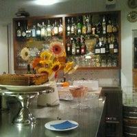 Photo taken at Café Botánico by Noelia M. on 11/25/2012