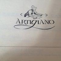 Foto tirada no(a) Artigiano Ristoranti por Anna Cristina B. em 6/2/2013