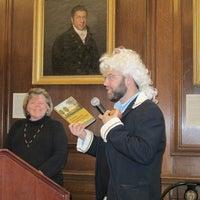 11/17/2012にAlyssaがNew England Historic Genealogical Societyで撮った写真