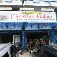 Photo taken at Keripik Balado Christine Hakim by Pondok W. on 10/27/2013