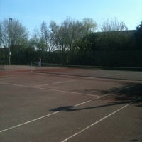 Photo taken at Tennisveld Emelgem by Davy V. on 4/24/2013