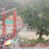 Photo taken at Lakshman Jhula | लक्ष्मण झूला by Karan K. on 5/29/2017