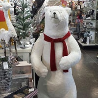 Photo taken at HomeSense by Dayes W. on 12/21/2014