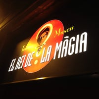 Foto tomada en Teatre El Rey de la Magia por Adrià C. el 5/18/2013