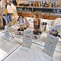 Photo prise au Ozone Coffee Roasters par Dhaval P. le10/1/2016
