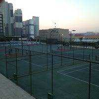 Photo taken at İnnovia 2 Tenis Kortu by Tufan Külünk on 7/13/2013
