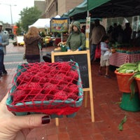 Photo taken at 14th and U Farmer's Market by Tammy G. on 10/12/2013