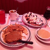 Photo taken at Honey Bee Diner by Lubey D. on 5/6/2013