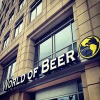 Foto scattata a World of Beer da Jason C. il 5/18/2013