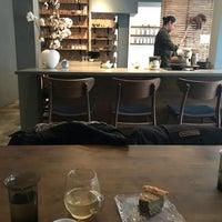2/9/2018 tarihinde Jen O.ziyaretçi tarafından 29b Tea House'de çekilen fotoğraf