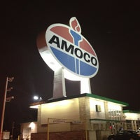 Photo taken at World's Largest Amoco Sign by Georgene on 4/12/2013