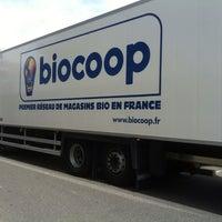 Photo taken at Biocoop by Anton-Marco S. on 5/16/2014
