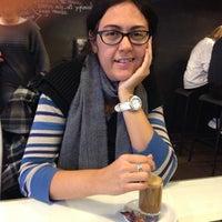 Photo taken at La Cafetería del Mercado by Enrique R. on 12/21/2013
