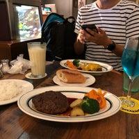 Photo taken at SIZZLe GAZZLe Shibuya by Daiki on 7/1/2018