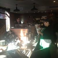 Foto tomada en Starbucks por David E. el 1/23/2013