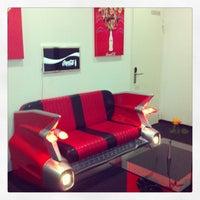 Das Foto wurde bei V8 Hotel von Kieran M. am 1/29/2013 aufgenommen
