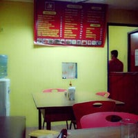 Photo taken at Brad's Savory Chicken by Dianne D. on 5/10/2013
