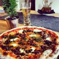 Photo taken at Pizzeria Vikoli by Patricia q. on 3/22/2014