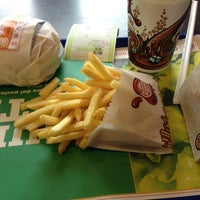 Foto scattata a Burger King da Chris M. il 3/7/2013