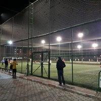 Photo taken at Sportmen Clup Halı Saha Tesisleri by Ismet O. on 2/21/2017