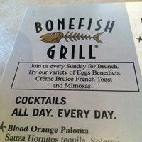 Photo prise au Bonefish Grill par Edwin K. le7/22/2014