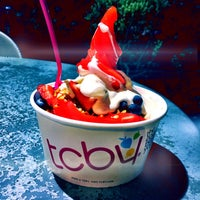 Photo taken at TCBY by Adrián M. on 6/26/2016