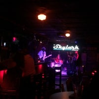 8/11/2017 tarihinde Ashley P.ziyaretçi tarafından Skylark Lounge'de çekilen fotoğraf