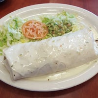 Photo taken at Los Mariachis Mexican Restaurant by Big E !. on 1/27/2017