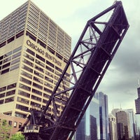 Photo prise au Chicago Architecture Foundation River Cruise par Jess le6/10/2013