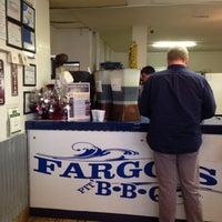Photo prise au Fargo's Pit BBQ par QuarryLaneFarms Q. le2/3/2015