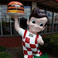 Photo taken at Frisch's Big Boy by Andrew N. on 5/18/2014