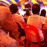 Photo taken at Wat Tan Paaklad by Krumam S. on 11/3/2012