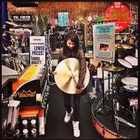 Photo taken at Guitar Center by Rodrigo V. on 12/27/2012