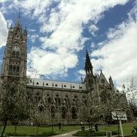 Foto tomada en La Basílica Del Voto Nacional por MD L. el 10/29/2012