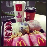 Photo taken at McDonald's & McCafé by Vino KЯB™ on 2/17/2013