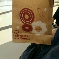 Photo taken at Mister Donut by Noo Oom O. on 10/29/2016