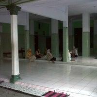 Photo taken at Masjid Ash-Shobar Suropadan by Rizawanto K. on 7/8/2013