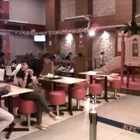 Photo taken at KFC by Rizawanto K. on 3/2/2013