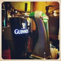 Снимок сделан в The Irish Bar пользователем Grigory 3/8/2013