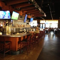 Yard house american restaurant in palm beach gardens for Sports bars palm beach gardens