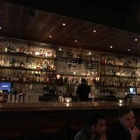 รูปภาพถ่ายที่ Jay's Bar โดย Jeff S. เมื่อ 12/31/2016
